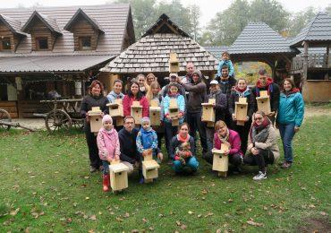 Výroba vtáčích búdok v Abelande – dobrovoľnícka akcia