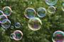 Levitujúce bubliny – Schwebende Blasen